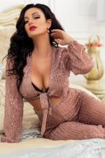 Mood Swinger Escort Debra Lavish Girlfriend Experience Tecom Dubai
