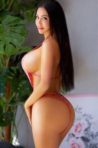 Amazing Iranian Escort Bahar Knows How To Tease Barsha Heights Dubai