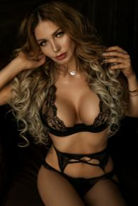 Sensual Secret Touch British Escort Melty VIP Companion Marina Dubai